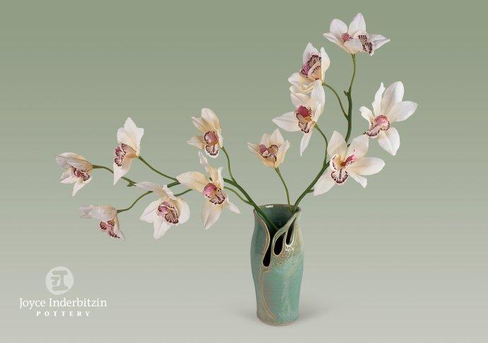 Flower_Vase w orchids