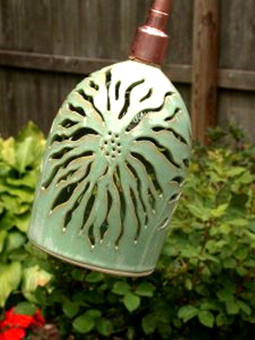 Spider Mum Garden Lamp